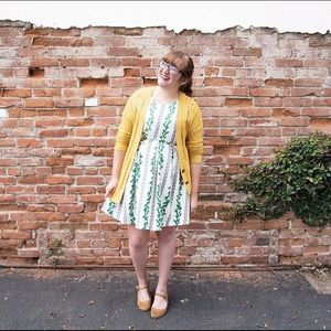 Dresses & Skirts - Modcloth Green and White Dress